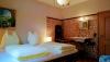 Schlafzimmer Nr.4 mit Waschbecken
