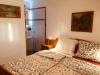 Schlafzimmer Nr.2 Doppelbett mit Badezimmerecke