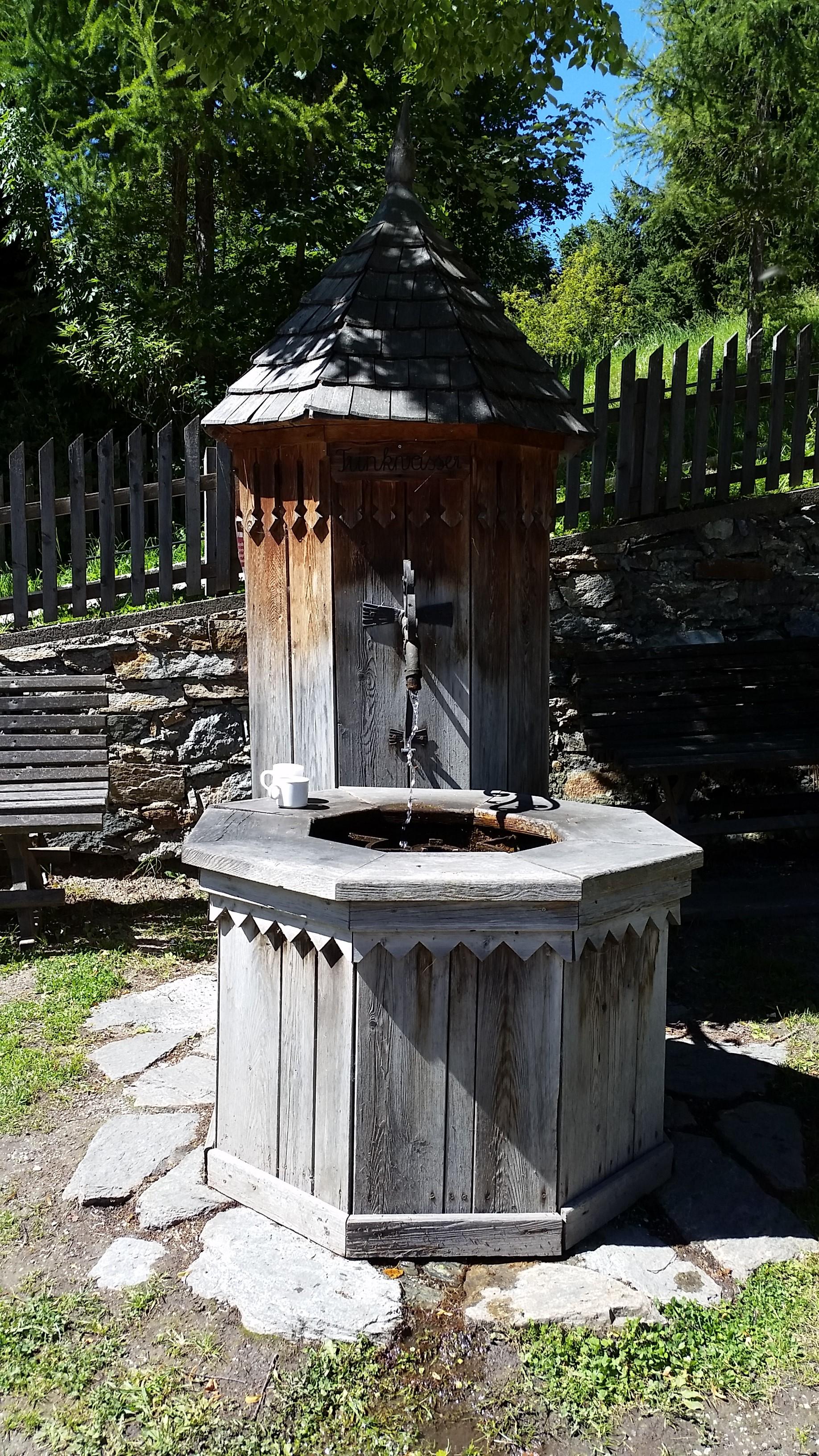 Tanksstelle mit frischem Quellwasser